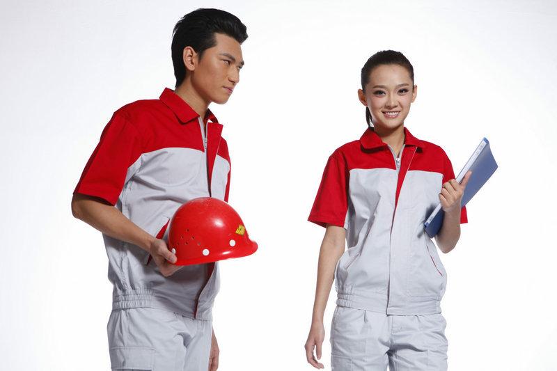 定做工作服需要注意哪些问题?工作服该怎么搭配?